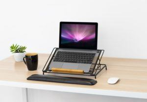 There are a variety of laptop stands, so it's best to choose one that meets your needs.