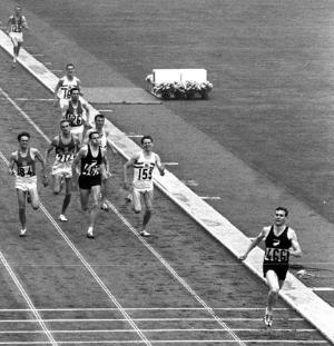 platform-race-1.png