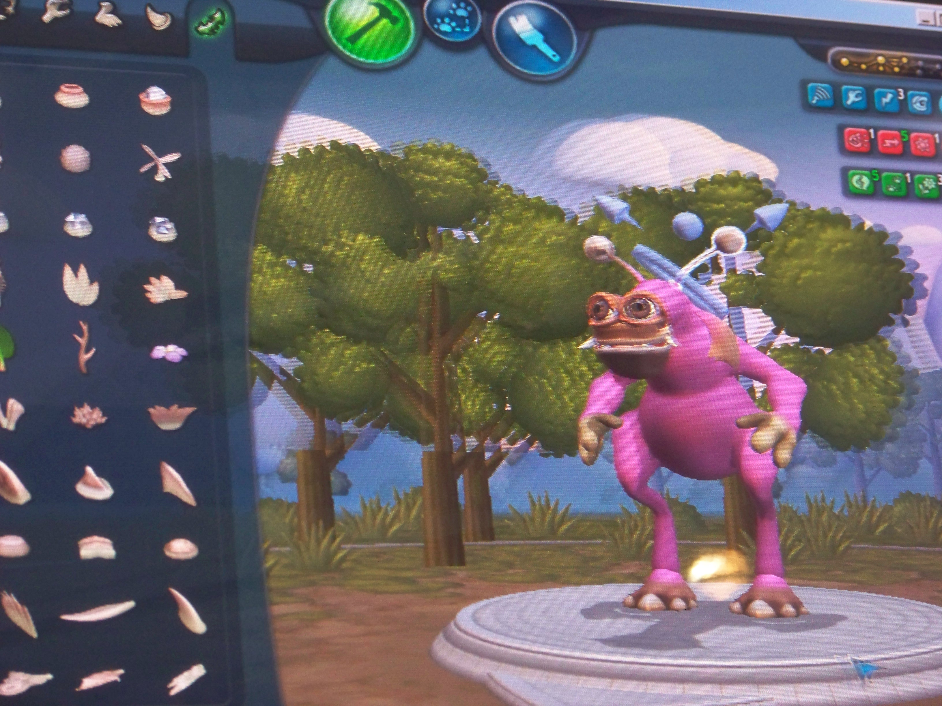 electronic arts releases spore creature creator to create buzz for