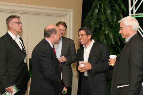 Greentech Media editor in chief Michael Kanellos (center) speaks with GreenBeat 2009 conference attendees between sessions