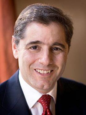 Julius_Genachowski