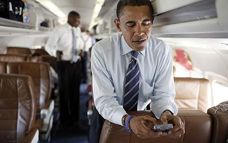 Image (1) obama_blackberry.jpg for post 204282