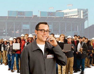 Verizon guy with crowd