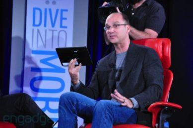Google's Andy Rubin with Motorola tablet