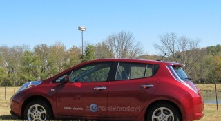 Nissan Leaf trounces Chevy Volt in July sales, but will it last?