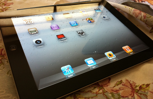 Photo of an iPad 2 by Pedro Eugenio Antunes