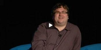 Reid Hoffman discusses surviving the pivot