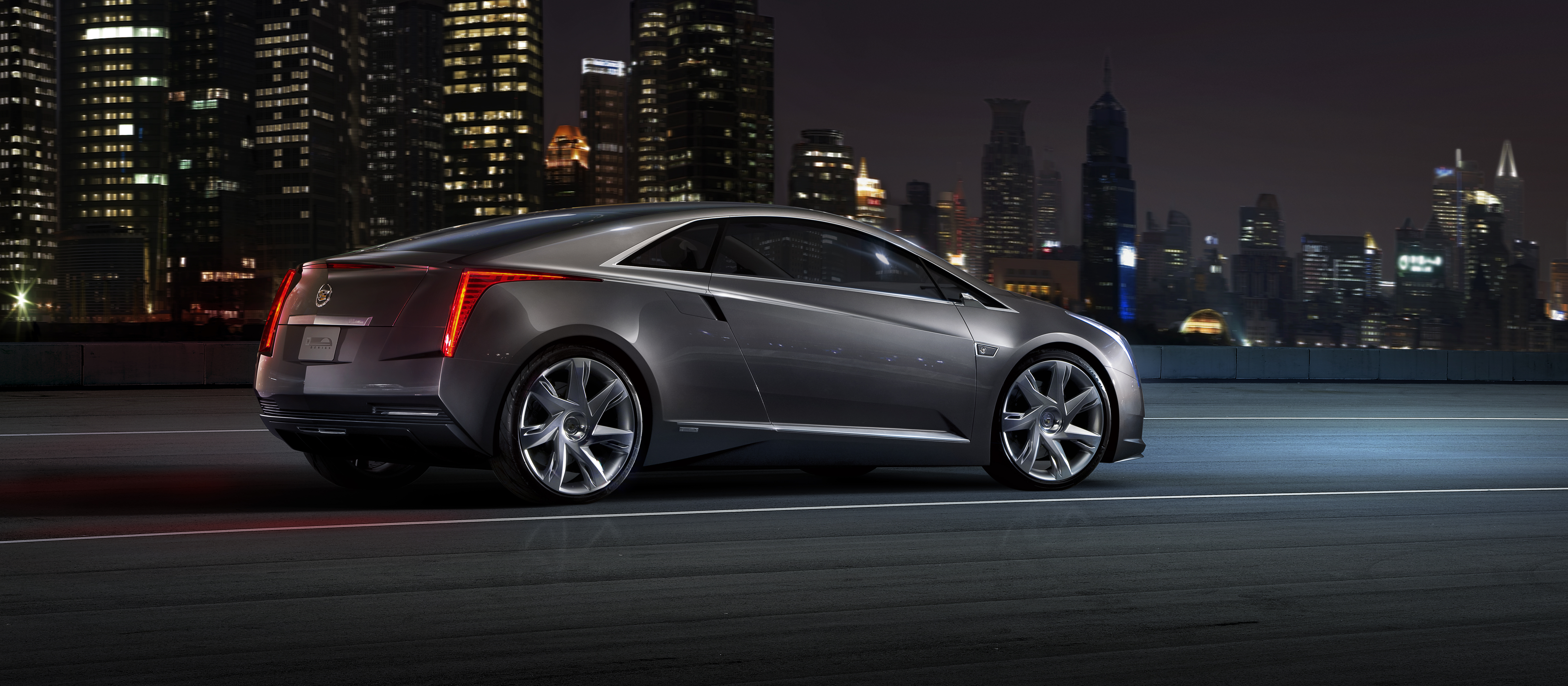 Meet The Cadillac Elr General Motors 39 Luxury Extended
