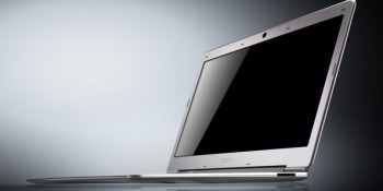 Acer Aspire S3 Ultrabook fights MacBook Air with its $899 price tag