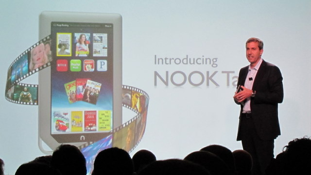 Nook Tablet event, Barnes and Noble CEO