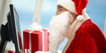 Online holiday shopping jumps 14 percent