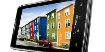 Motorola Droid Razr Maxx with incredibly good battery life on sale Jan. 26