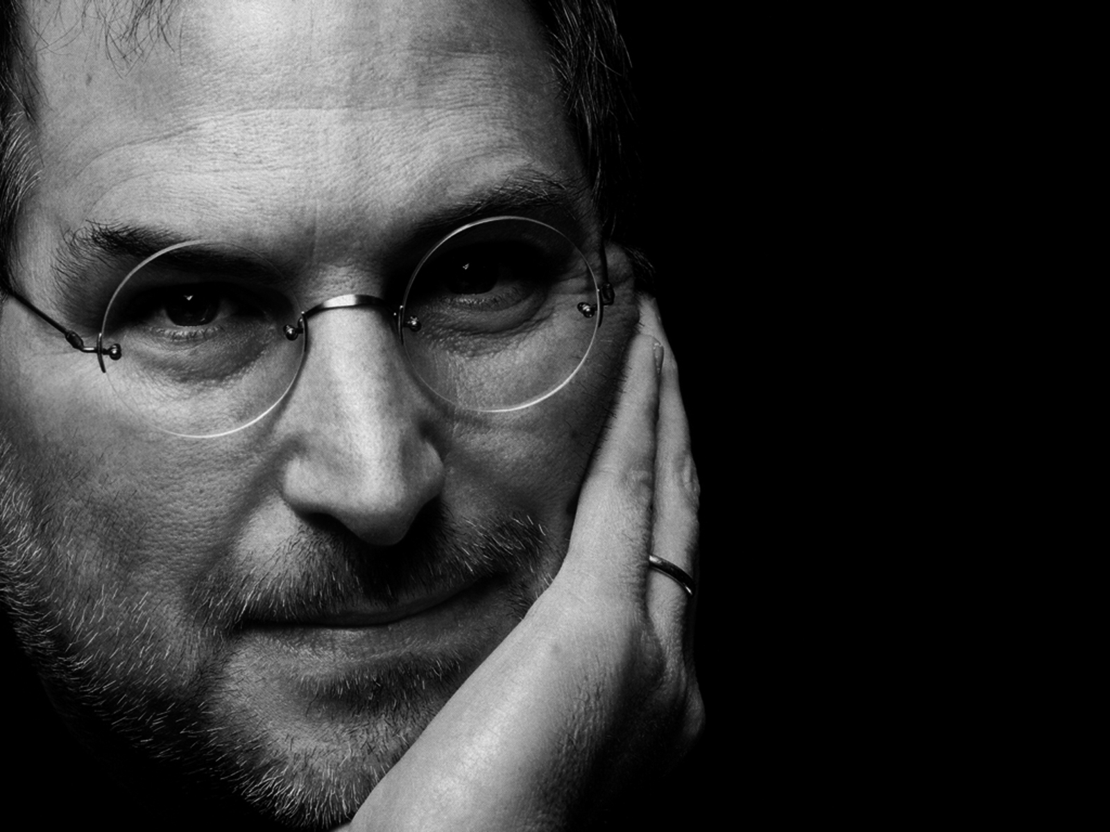 4 Things Steve Jobs Said at the First iPhone Keynote that Seem Hilarious 10 Years Later