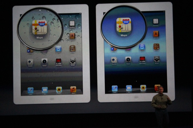 Apple shows a comparison between the pixel density on the old iPad (left) and the new, Retina display-equipped one (right).