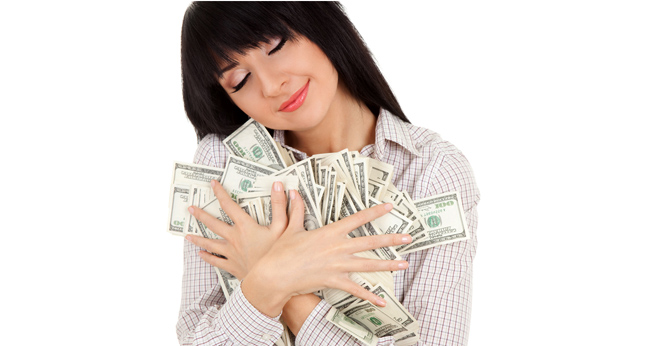 ss-hugging-money