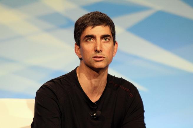 Google's David Lawee advises entrepreneurs to go big.