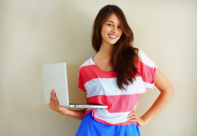pretty girl with computer SEO