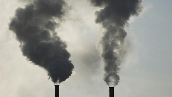 smoke stack dirty cloud