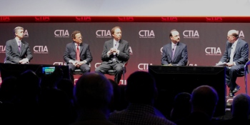 Mobile carrier CEOs verbally spar at CTIA roundtable