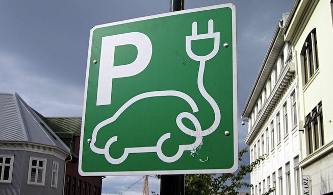 Sign indicating electric car charging station