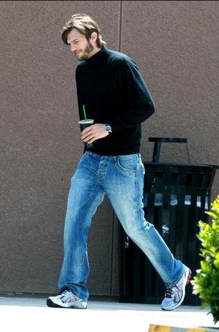 Ashton Kutcher plays Steve Jobs