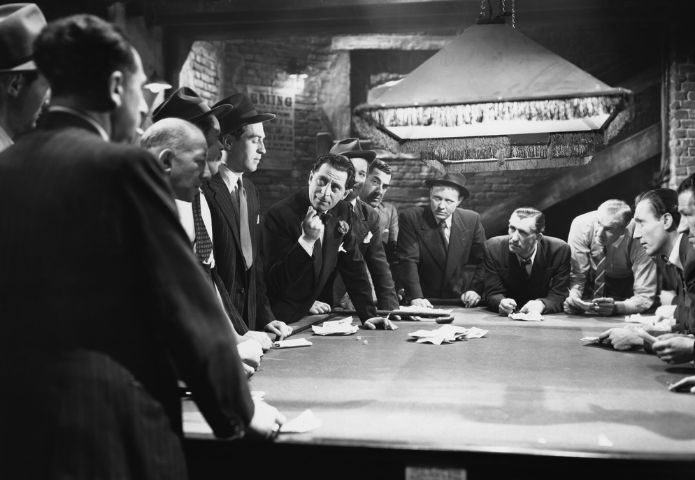 Silicon Valley patent trolls are like mobsters meeting around a pool table