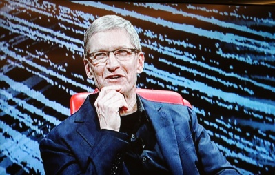 Apple's $250 billion in repatriated cash: Netflix, Disney