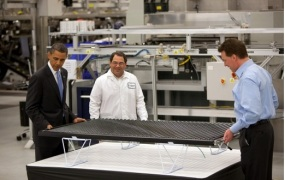 Obama tours Solyndra, which received a Department of Energy loan guarantee