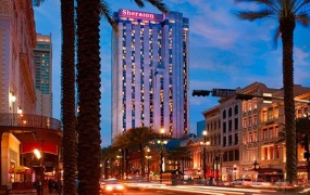 Starwood hotels use social media for customer service