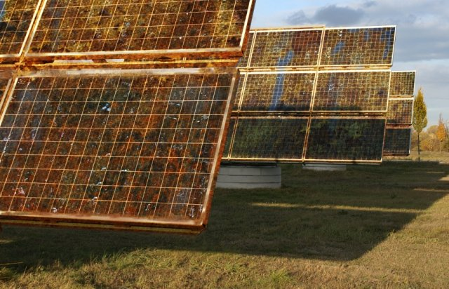 Cheap Solar Panels Could Be Made From Oxidized Metals