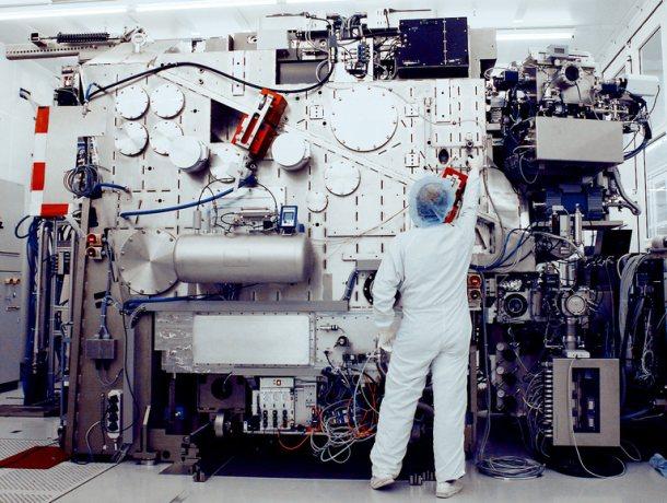 ASML EUV demo unit