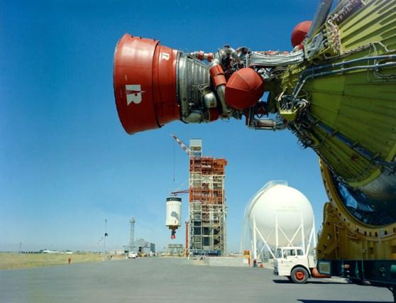 The Saturn V engine: How to achieve escape velocity