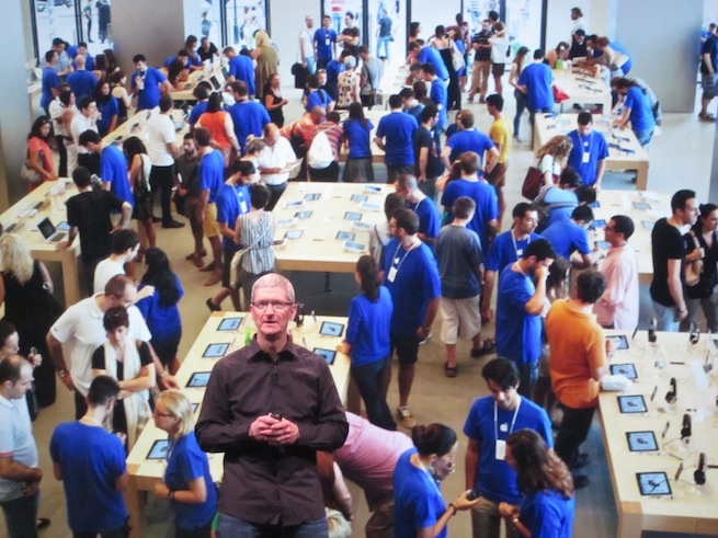 Tim Cook Apple Retail Stores