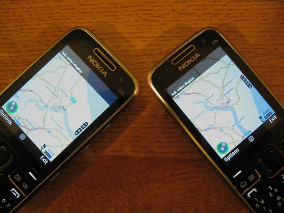 Image of two Nokia phones with maps