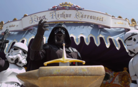 Darth Vadar Disneyland
