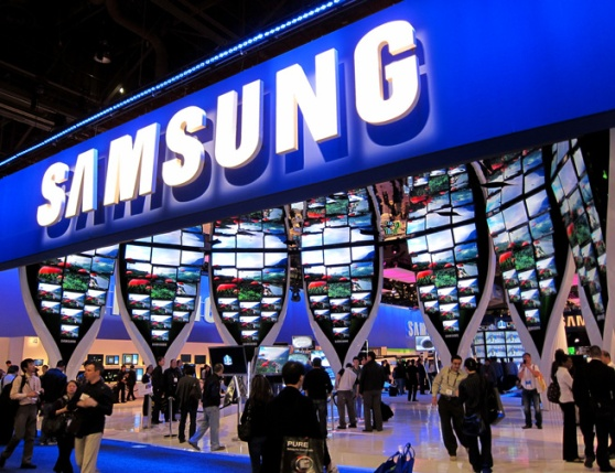 Samsung bashes jury foreman, wants new trial