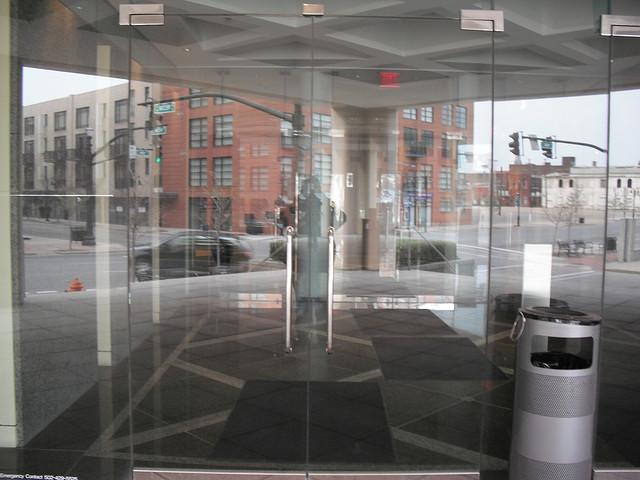 Glassdoor gives job seekers an insider look at company ...