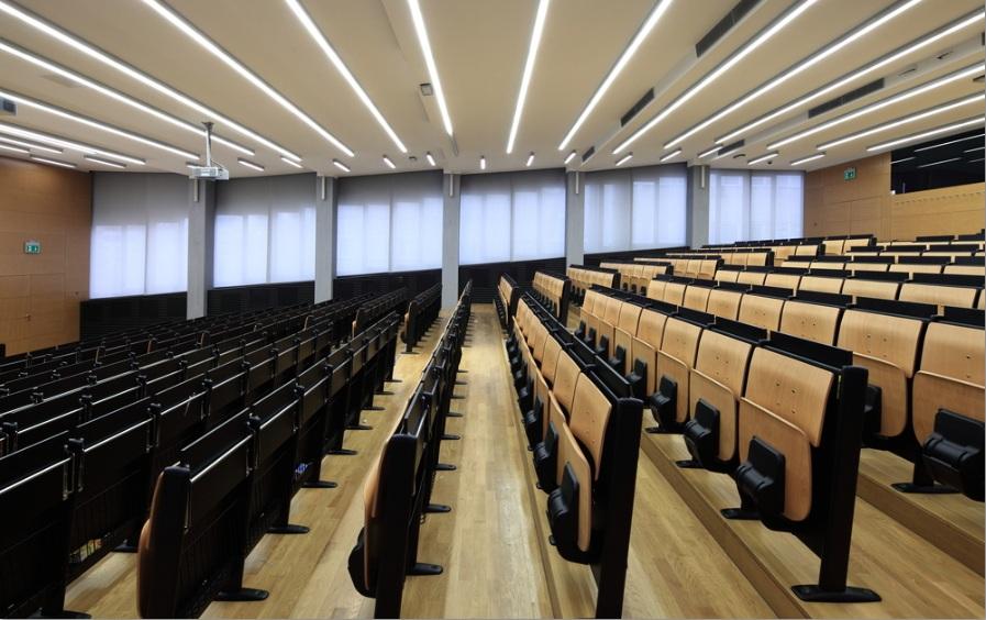 online courses disrupt university education