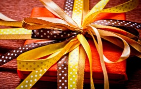 facebook-gifts-launch