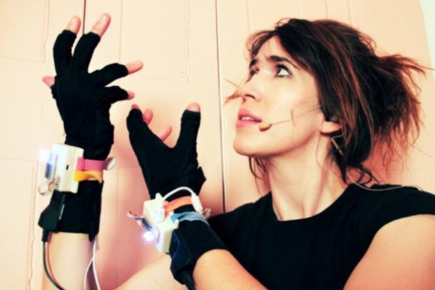 imogen-heap-music-gloves