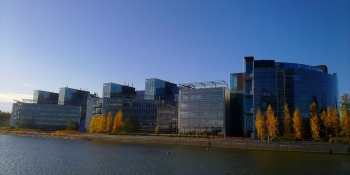Nokia sells head office building for $222 million, should keep company afloat for another few months