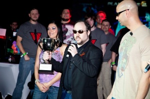 Total Biscuit accepts PlanetSide 2 Ultimate Showdown players choice award
