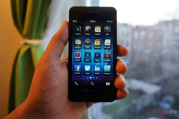 BlackBerry Z10: A boring beta meant for no one (review) | VentureBeat