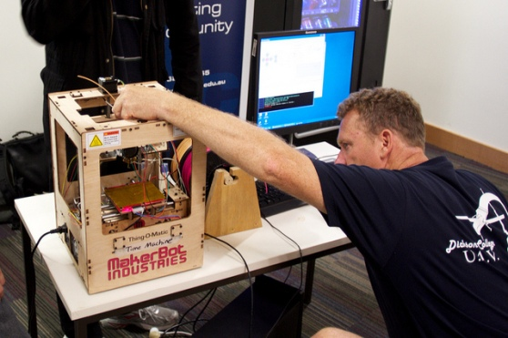 man-with-makerbot
