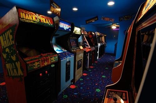 A dead arcade