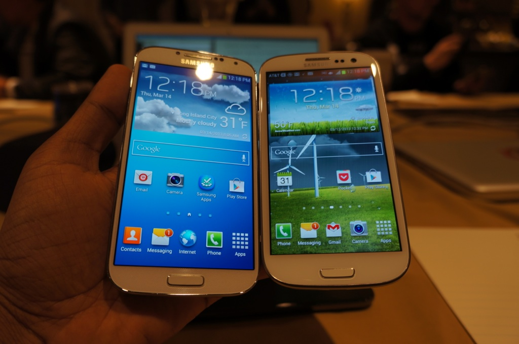Samsung's Galaxy S IV (left) compared to its previous flagship, the Galaxy S III (right)