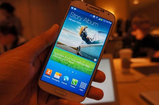 Galaxy S IV launch 16