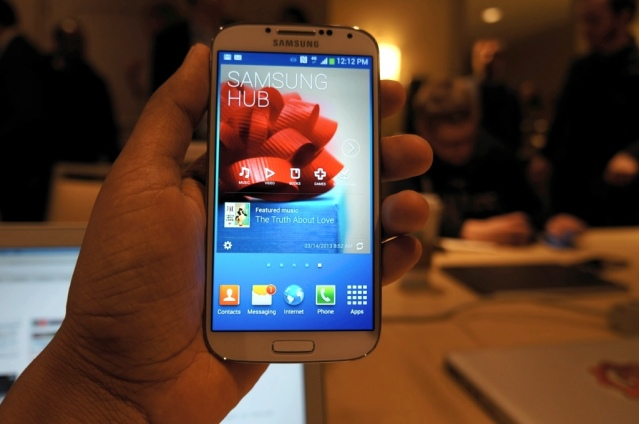 Galaxy S IV launch 2