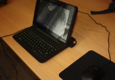 Razer Edge laptop mode