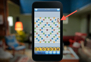 Chat Heads in Words With Friends